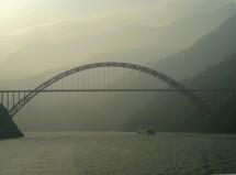 Jangtsebrücke bei Wushan 巫山, Chongqing (2008)