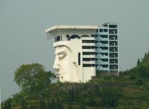 Jadekaiser als Bauruine bei Fengdu 丰都, Chongqing (2008)