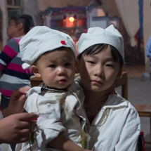 Bei einer Trauerfeier in Zhuge Cun 诸葛村, Provinz Zhejiang (2012)
