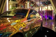 Hauptgewinn in Macau: vergoldeter BMW (2013)
