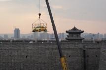 Autoschau auf der Stadtmauer  von Datong (2014)