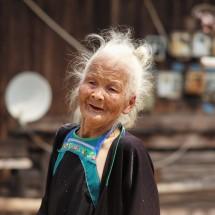 Frau der Miao-Volksgruppe, Provinz Guizhou (2016)